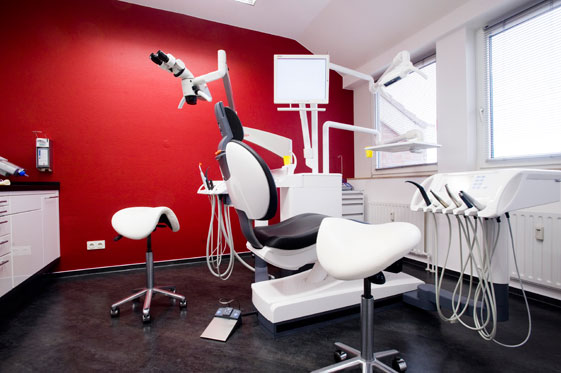Zahnarztpraxis Dr. Mathias Bahr - Hamburg-Barmbek